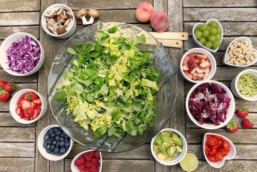 ochlazení těla - letní salát